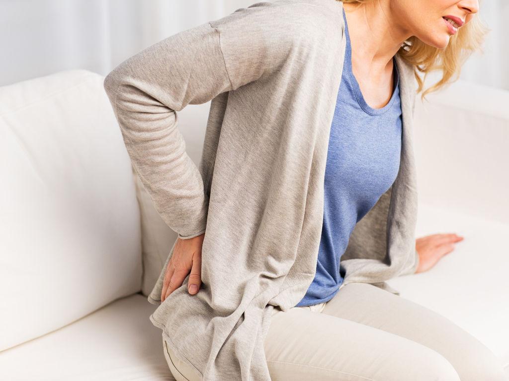 Les douleurs à la poitrine au dos à la dépression